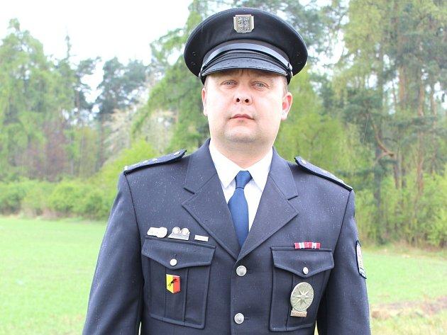 DAVID VEDRAL pracuje u policie 22 let.