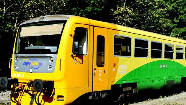 NOVÝ PÁR SPĚŠNÝCH VLAKŮ  jede denně z Masarykova nádraží do Kladna-Ostrovce.