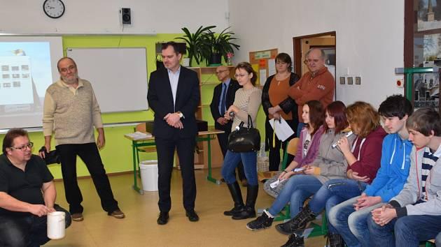 Veletrh vzdělávání v ISŠ ve Slaném