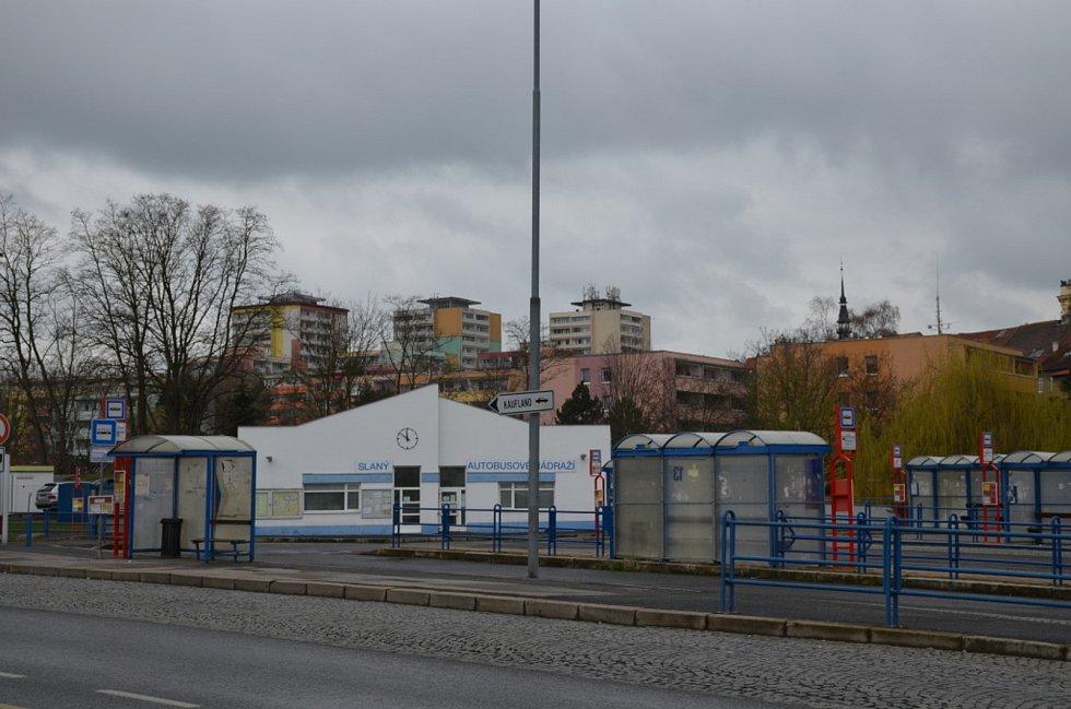 Autobusové nádraží v Ouvalově ulici ve Slaném.