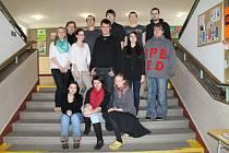 Studenti slánského gymnázia.
