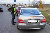 Při nedělní kontrole strážníci přistihli za volantem řidiče, který nadýchal 3,24 promile alkoholu.