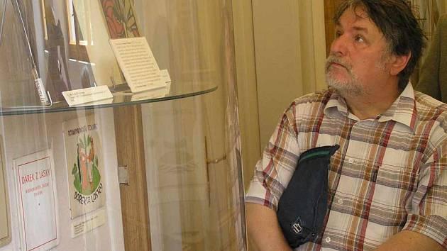 VZÁCNÉ EXEMPLÁŘE KNIH vydaných v devatenáctém a v první polovině dvacátého století v Kladně, je nyní možné si prohlédnout na výstavě v Malé galerii Středočeské vědecké knihovny.