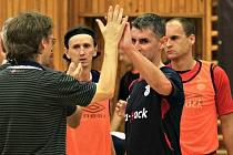 Mistři z Chrudimi nepřipustili překvapení ani náhodou... // SAT-AN Kladno - FK ERA-PACK Chrudim 2:8 (1:3), 1. liga futsalu, hráno 3.10.2011