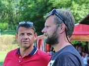 Hvězdy hrály pro Nikolku - Knovíz 16.6.2018. Tchán Marka Suchého Saša Čambal (vlevo) a Milan Cimrman, duše turnaje.