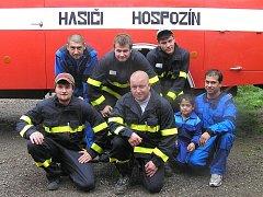 Na opravě auta se podíleli všichni členové Sboru dobrovolných hasičů Hospozín.
