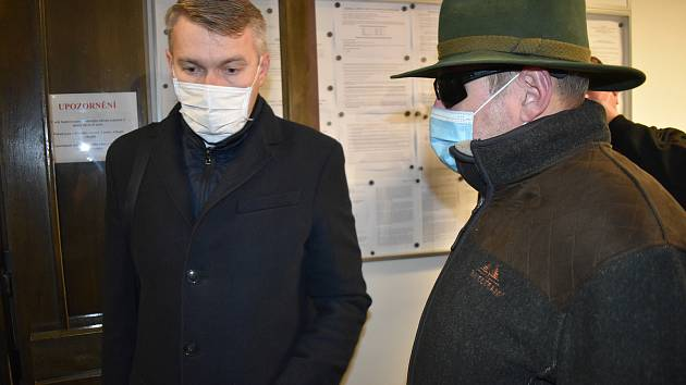 Kauza údajného zmanipulování zakázky v Lánské oboře u kladenského soudu.