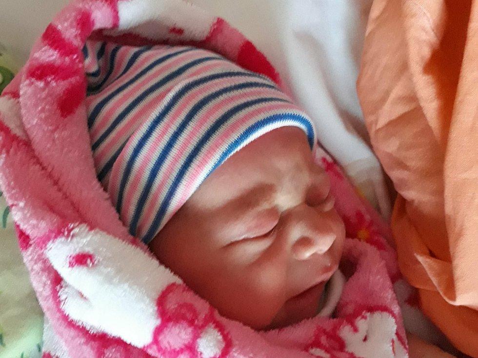 Jakub Krýsa se narodil 8. ledna 2021 v mladoboleslavské Klaudiánově nemocnici. Vážil 3 210 g a měřil 48 cm. Domů do Jiřic si ho odvezli maminka Zuzana a tatínek Václav.