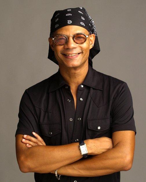 Na Slánských jazzových dnech vystoupí kromě dalších i Saunders Fernando.
