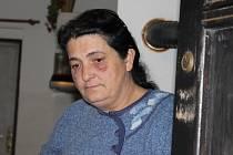 Sestra mrtvého muže z Bratkovic Marie Balušová zaslechla i s manželem v úterý v noci z bratrova bytu hluk.