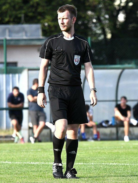 Josef Krejsa je nováčkem na listině hlavních rozhodčích pro ligové soutěže.