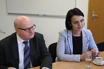 Ministr kultury Daniel Herman představil novou ředitelku Památníku Lidice Martinu Lehmannovou.