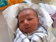 KRYSTIÁN KAMARYT, ÚHONICE. Narodil se 28. prosince 2018. Po porodu vážil 3,39 kg a měřil 50 cm. Rodiče jsou Martina Kamarytová a Ondřej Kamaryt. (porodnice Kladno)