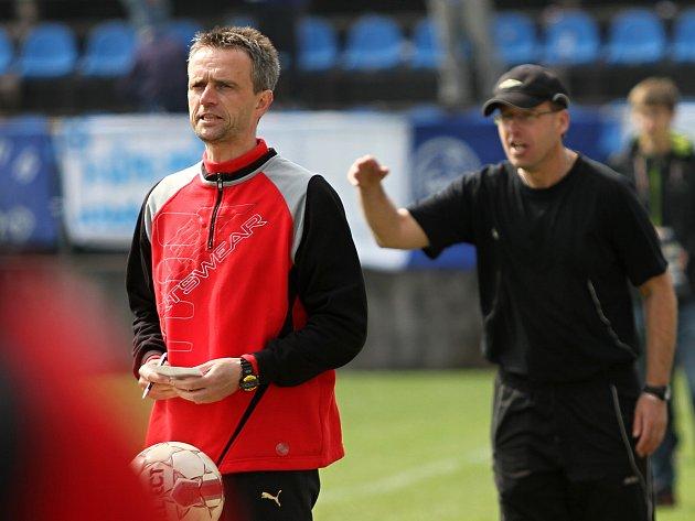 Miroslav Chadima si už práci v trenérské dvojici vyzkoušel na Kladně, které vedl spolu s dnes hostouňským Martinem Čurdou