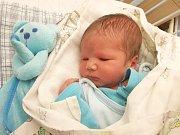 FILIP IGNÁC KRÁL, SLANÝ. Narodil se 15. prosince 2017. Po porodu vážil 3,19 kg a měřil 51 cm. Rodiče jsou Lenka Nechybová a Stanislav Král. (porodnice Slaný)