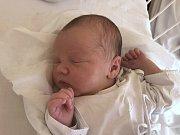 MATYÁŠ BÁRTA, KLADNO. Narodil se 16. července 2019. Po porodu vážil 3,48 kg a měřil 51 cm. Rodiče jsou Kateřina Bártová a Jiří Bárta. Bráška Filip. (porodnice Kladno)