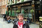 Michael Wiesner ve Wembley.. Kdyby byl Holmesem, nekupoval by zájezd na Euro...