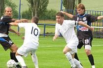 Velká Dobrá oslavila nedávno 90. výročí založení fotbalového klubu duelem s prvoligovým Kladnem.