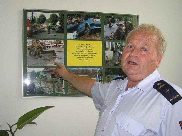 Norbert Soukup velel jednotce hasičů, která pomáhala odklízet spoušť v Hlásné Třebáni.