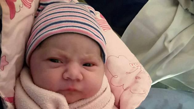EVELÍNA STŘÍBRNÁ, LIBUŠÍN. Narodila se 26. února 2019. Po porodu vážila 3,11 kg a měřila 49 cm. Rodiče jsou Kristýna Stříbrná a Vilém Stříbrný. Bráška Šimon. (porodnice Kladno)