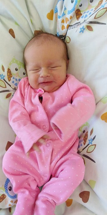Adélka Moravová přišla na svět 7. února 2021 ve 4. 00 hodiny v čáslavské porodnici. Vážila 3390 gramů a měřila 51 centimetrů. Doma v Tuchově se z ní těší maminka Monika, tatínek Josef a tříletý bráška Tomášek.