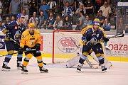 Hokejové Kladno slaví vítězství nad Vsetínem.