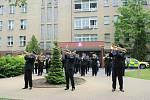 Areálem kladenské nemocnice zněla Hudba Hradní stráže.