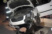 ani kruhové objezdy vše nevyřeší. Tak dopadl například v srpnu řidič na kruháku v Kročehlavech.