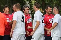 SK Braškov - Internacionálové ČR 3:2. Oslavy 90 let fotbalu na Braškově