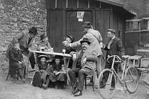 O počátcích cyklistiky na Kladensku aneb Seskokem seskok.