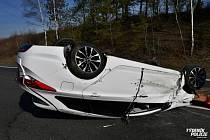 Dopravní nehoda na dálnici D6 u Stochova.