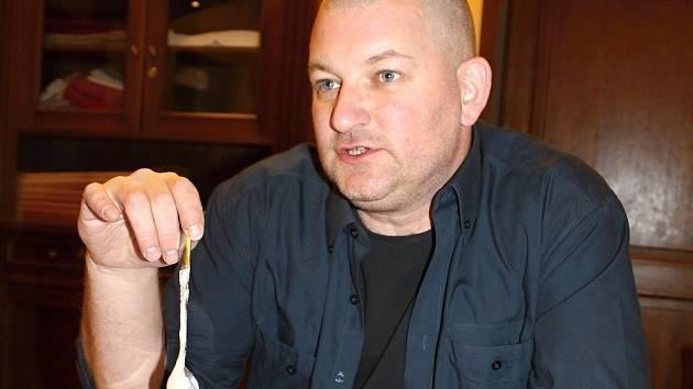 Jednatel izraelské společnosti Dudi Wieder tvrdí, že Podlešínským dá jejich společnost veškeré záruky.