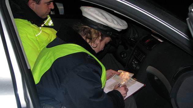 Policisté opět kontrolovali  řidiče. Zaměřili se na požití alkoholických nápojů.
