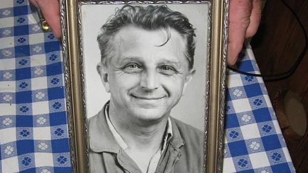 Josef Kučera zůstává v paměti celého sboru.