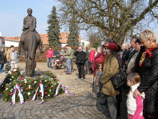 V Lánech si připomněli 164. výročí narození prezidenta Tomáše G. Masaryka