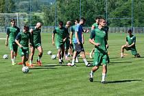 Fotbalisté Hostouně v úterý odstartují přípravu na novou sezonu.