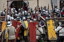 Z historické bitvy v Libušíně na Kladensku. Zúčastnilo se jí 2500 šermířů ze střední Evropy a Chorvatska.