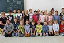 Třída 1. A, zastupující učitelka Pavla Nestrašilová (třídní učitelka Radka Šťovíčková na snímku chybí).