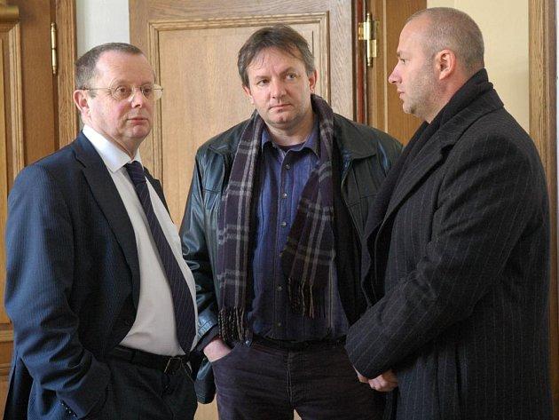 Nezaili jsme nikoho – a ani jsme nikoho nevydírali, hájí se Jiří Šindler (na snímku vpravo).
