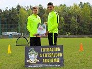 Jan Krpata (vlevo) a David Raulín se chystají na svůj první tréninkový kemp pro mládež.