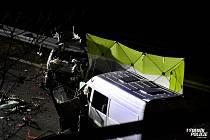 V neděli 15. prosince se stala na 12. kilometru dálnice D7 ve směru na Slaný tragická dopravní nehoda.