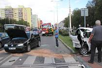 Kladenští policisté vyjížděli k dopravní nehodě.