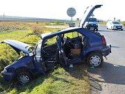 Nehoda u Velvar má tři zraněné