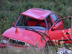 Nedělní nehoda ve Zvoleněvsi
