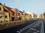Ulice Cyrila Boudy už průjezdná a na Edvarda Beneše práce vrcholí.