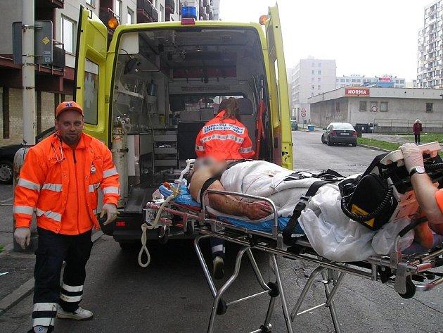 Přímo v Kladně prý záchranáři problémy nemají. Občas je však potrápí špatně zaparkovaná auta v sídlištích.