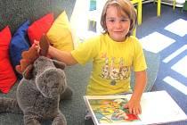 MEZI  pilné čtenáře slánské knihovny patří i děti.