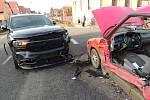 Při dopravní nehodě v Unhošti byli zraněni dva řidiči.