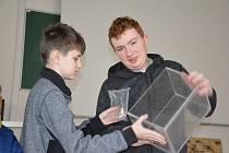 Ve Slaném se konala celostátní fyzikální olympiáda, zazářil i student z Kladna.