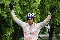 Lidice 2013 - mezinárodní etapový závod vyhrál  Martin Bláha z týmu ASC DUKLA PRAHA. K triumfu pomohlo hlavně vítězství v kriteriu na 99 km a celkově vyrovnané výkony v ostatních etapách.